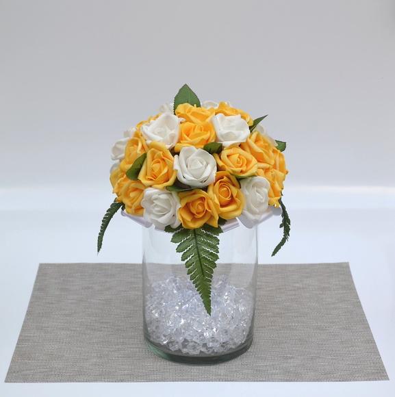Arranjo de Rosas Decorar Mesa do Bolo no Elo7 Bebeca Artesanato (558C7E) -> Como Decorar Mesa De Aniversario Com Flores