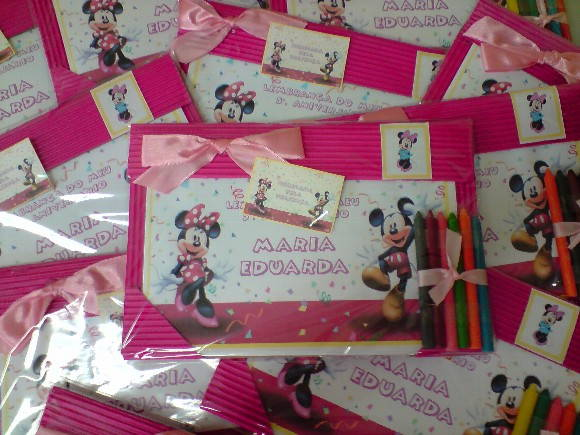 RISQUE E RABISQUE MICKEY E MINNIE