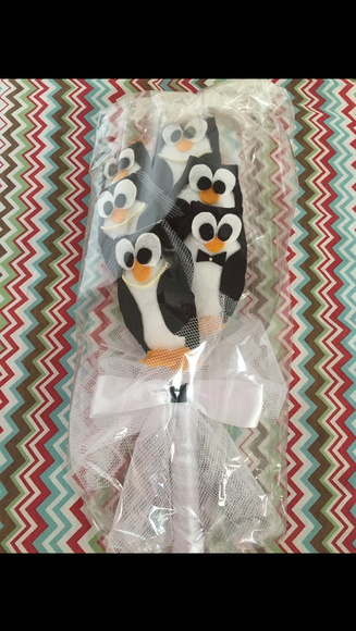 Bouquet pinguins noivo e noiva