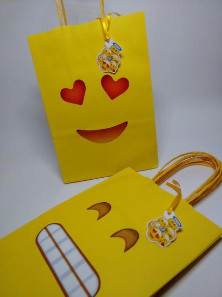 Sacolinha Emojis 22cm No Elo7 Flor De L 237 S Artes E Mimos
