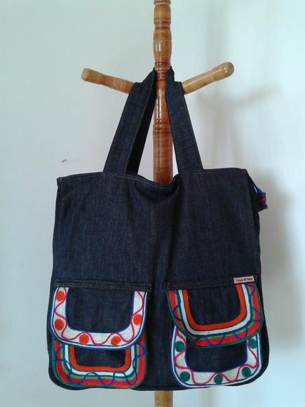 Bolsa De Pano Artesanal Passo A Passo : Bolsa jeans bordada trecos de pano elo