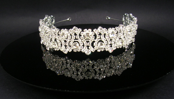 Tiara com strass CR113