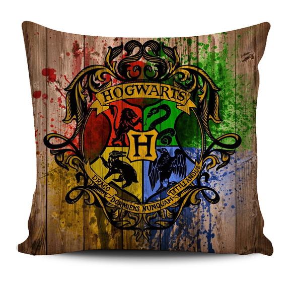 Almofada harry potter casas de hogwarts geek decore elo7 - Test de harry potter casas ...