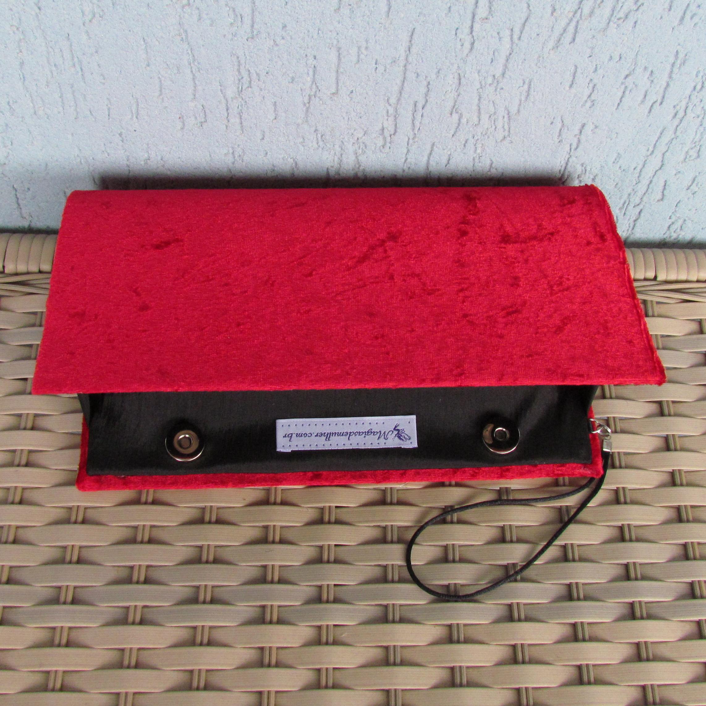 3ecc80a5ce Clutch Vermelha em Veludo no Elo7