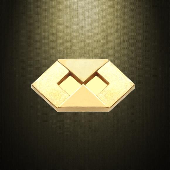 boton-pin-administracao-ouro-18k-simbolo-administracao.jpg