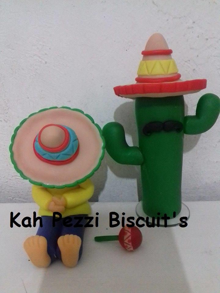 2eead84cfe262 Topo de bolo mexicano em biscuit no Elo7