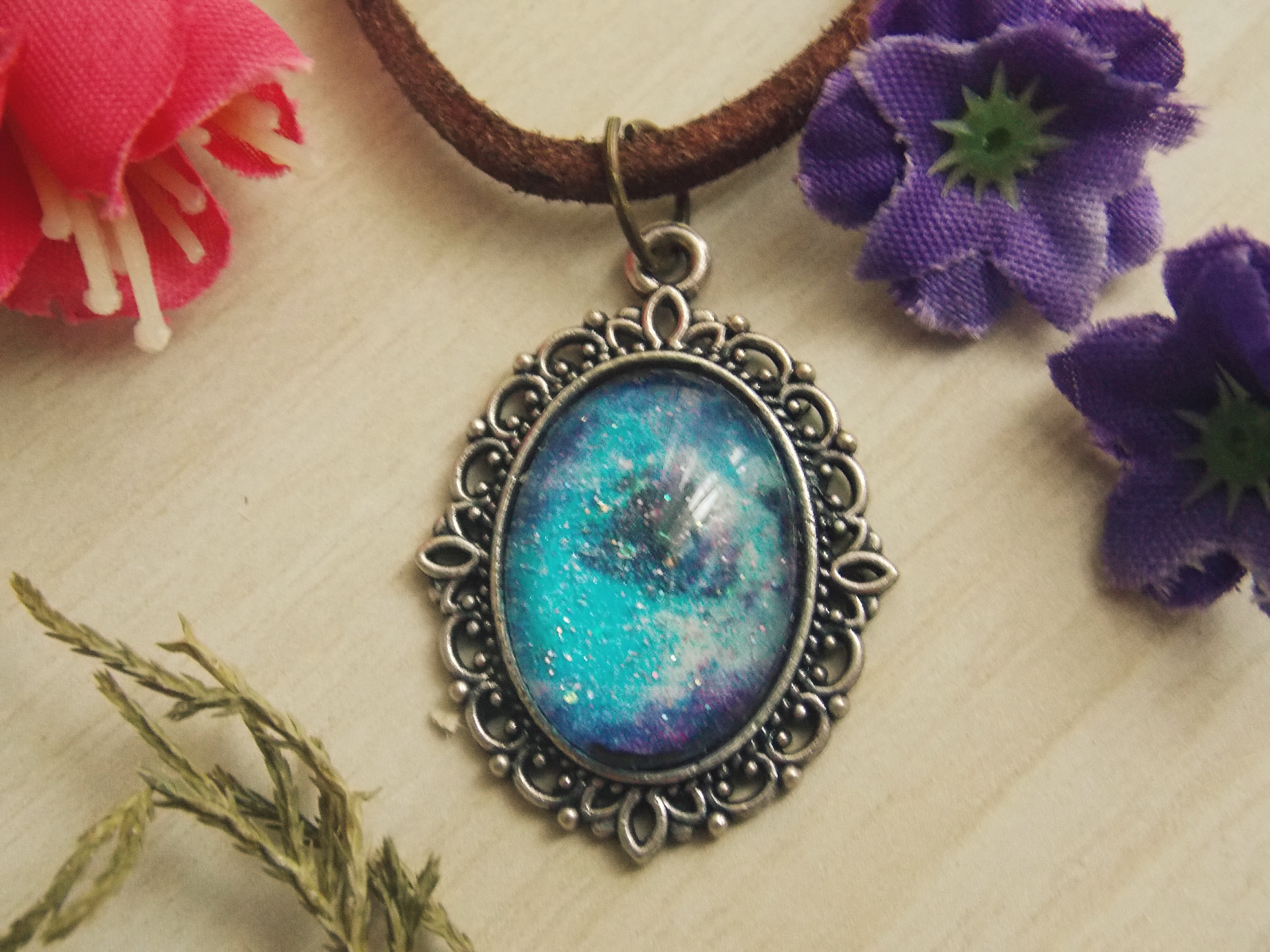 f94d55469f3 Colar Lua Nebulosa Roxo