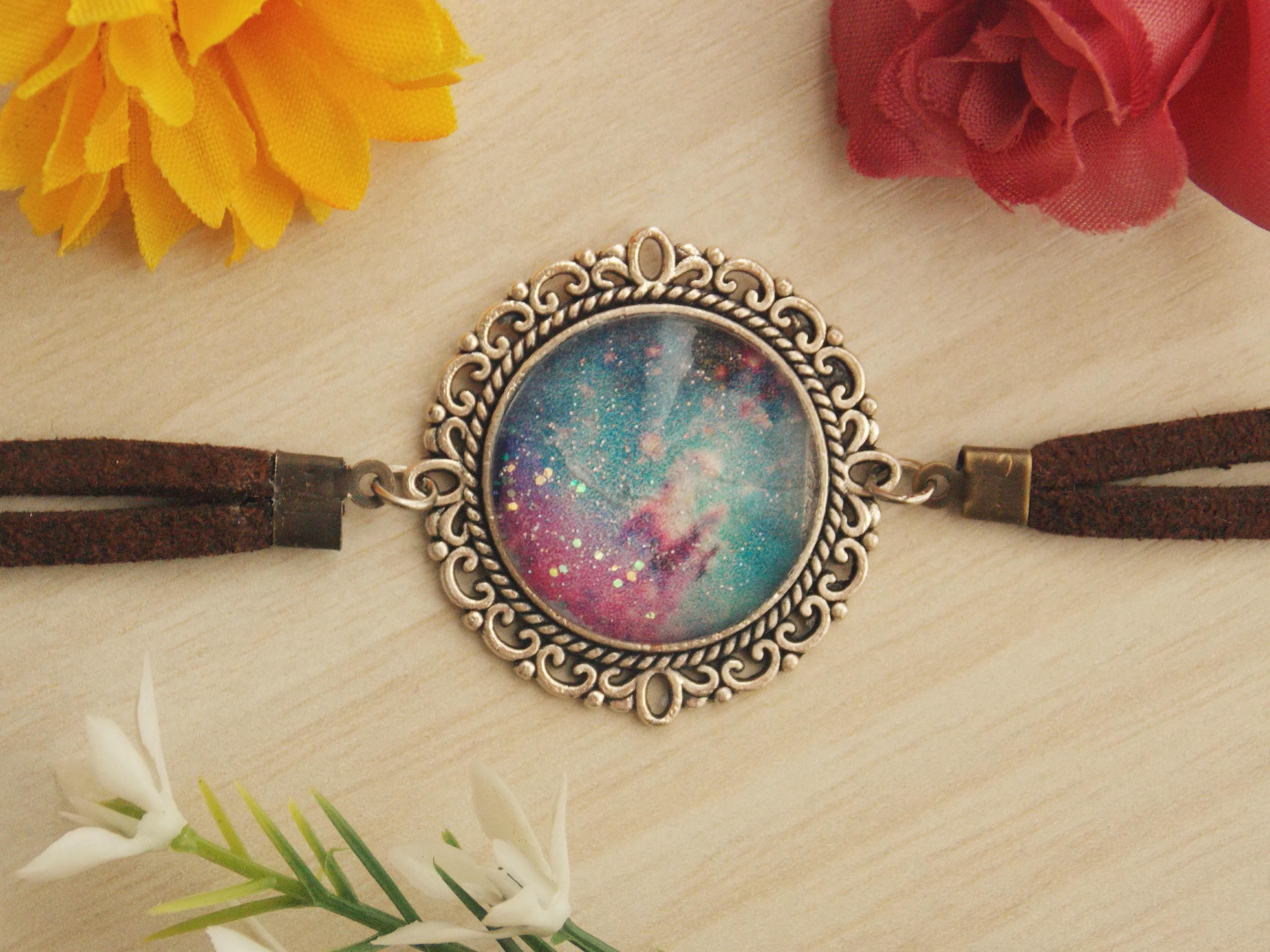 df1a0fe15e0 Pulseira de Nebulosa de Ômega no Elo7