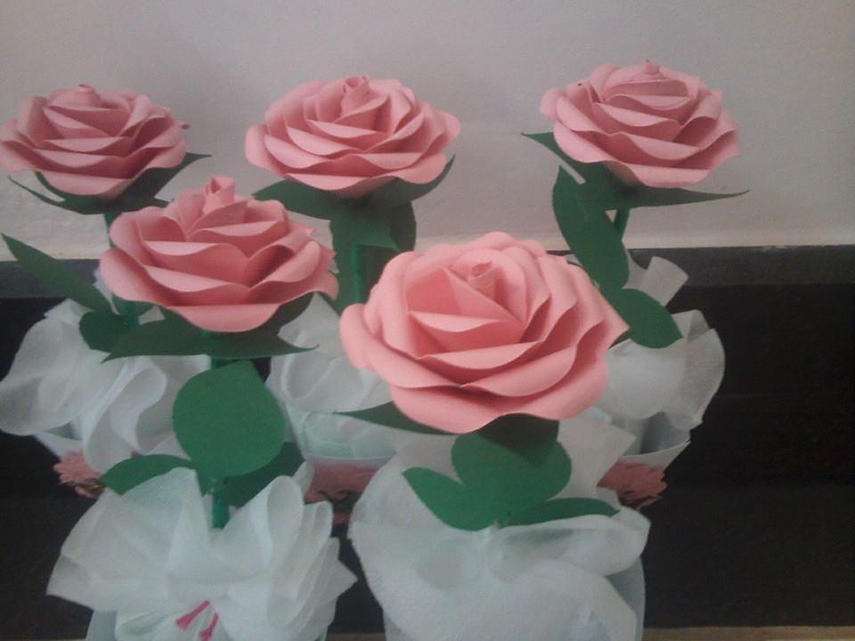 Centro de mesa Rosas de papel no Elo7 Um Toque d aMor 6F9689