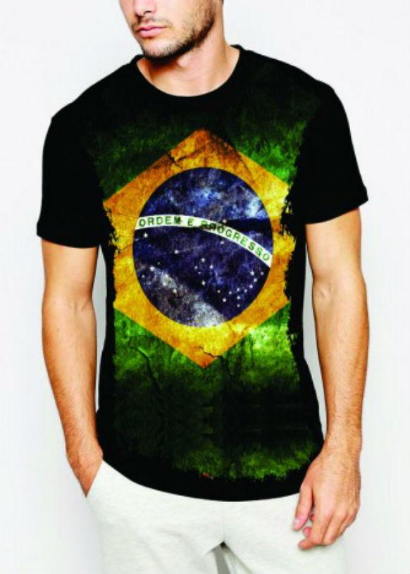 190a382d6 Camiseta Bandeira do Brasil Flores