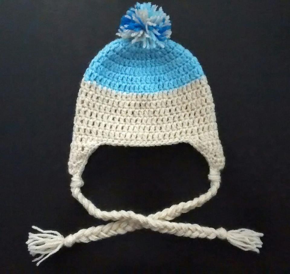 8e186ebf9530b Gorro em Croche com Pompom Animal