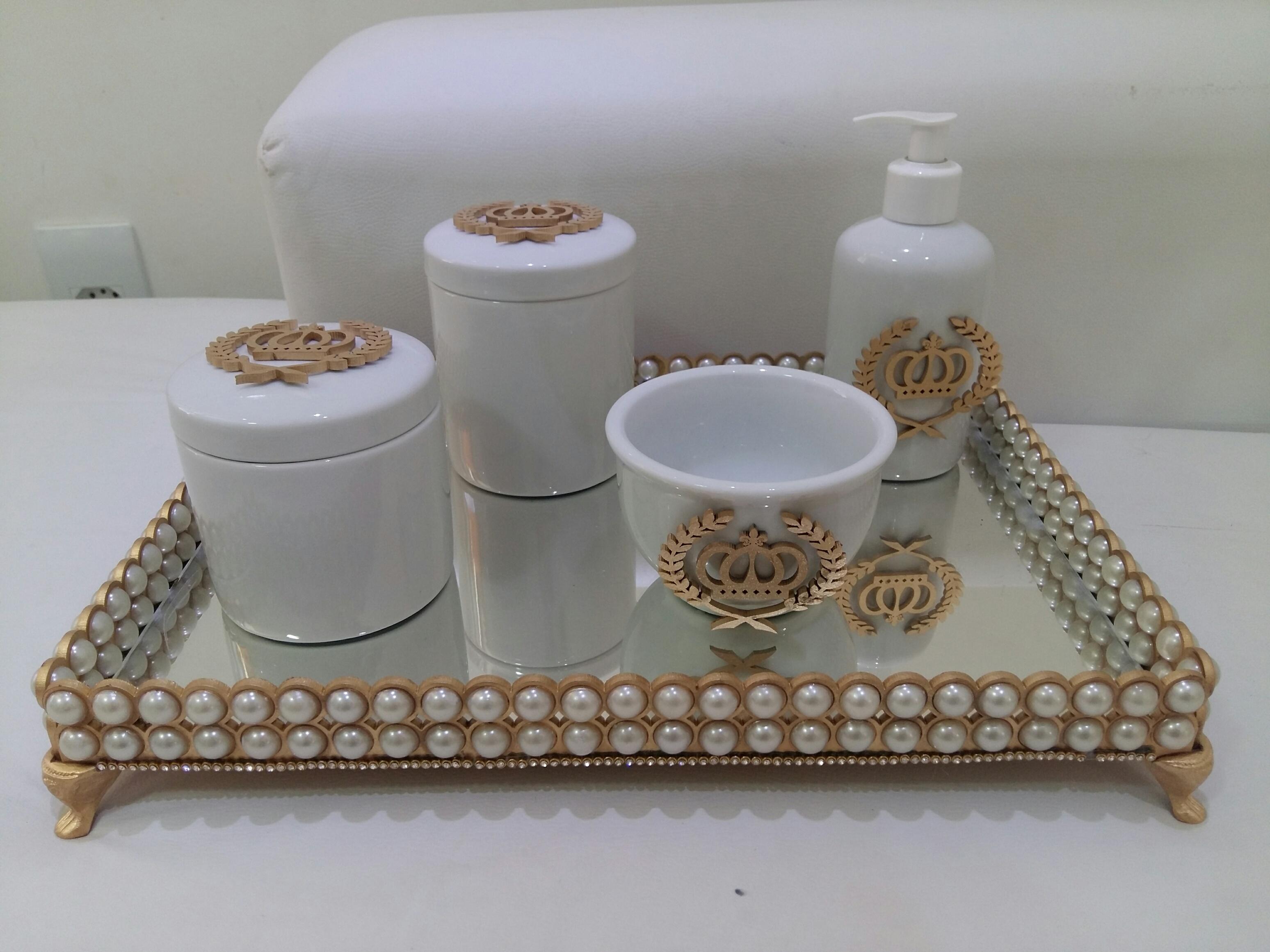 Aparador Preto Para Sala ~ Kit higiene com bandeja em pérolas Paula Vincis Decor& Artes Elo7