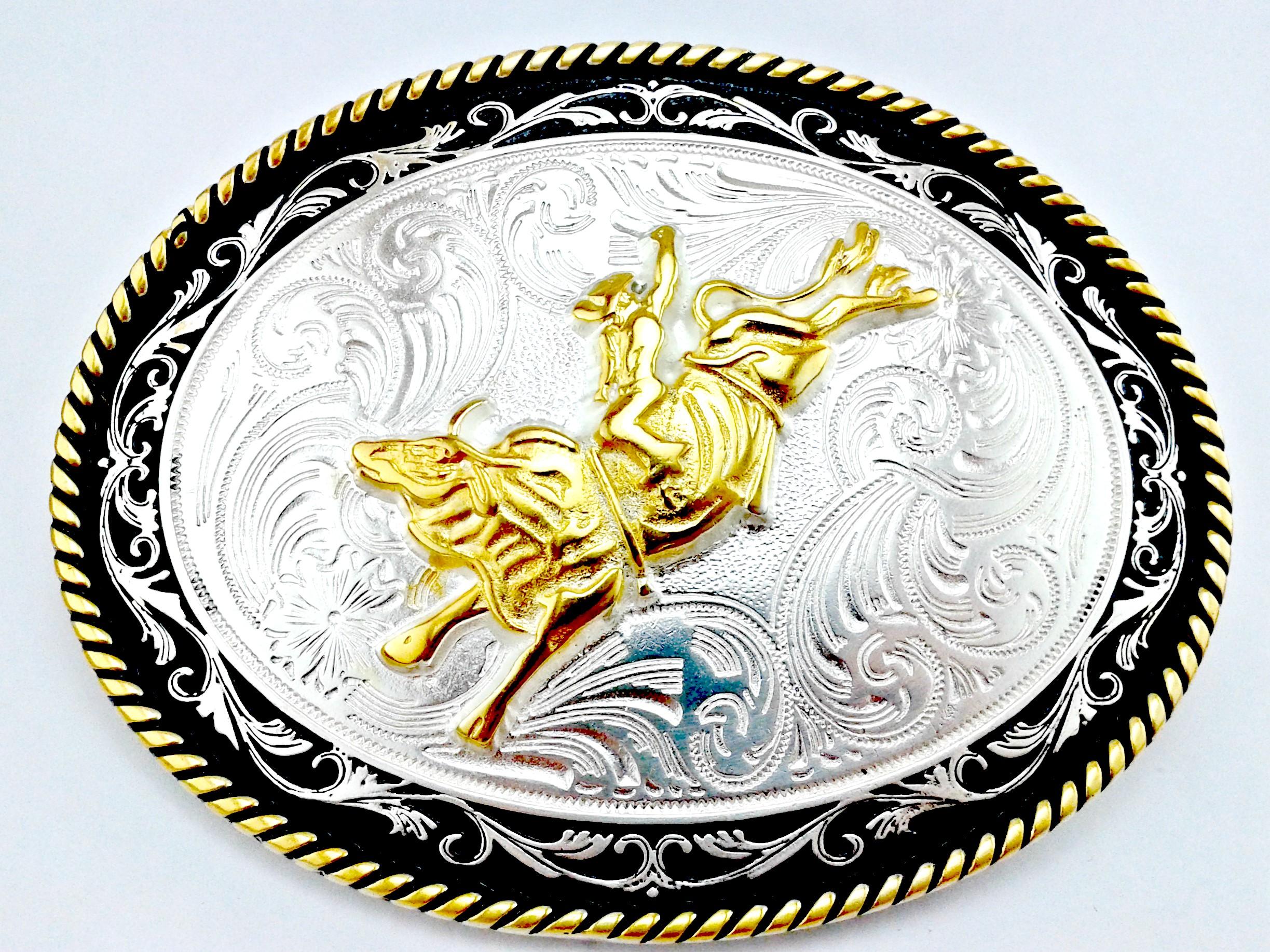 Fivela Country Banhada em Prata e Ouro  45fca0acbb1