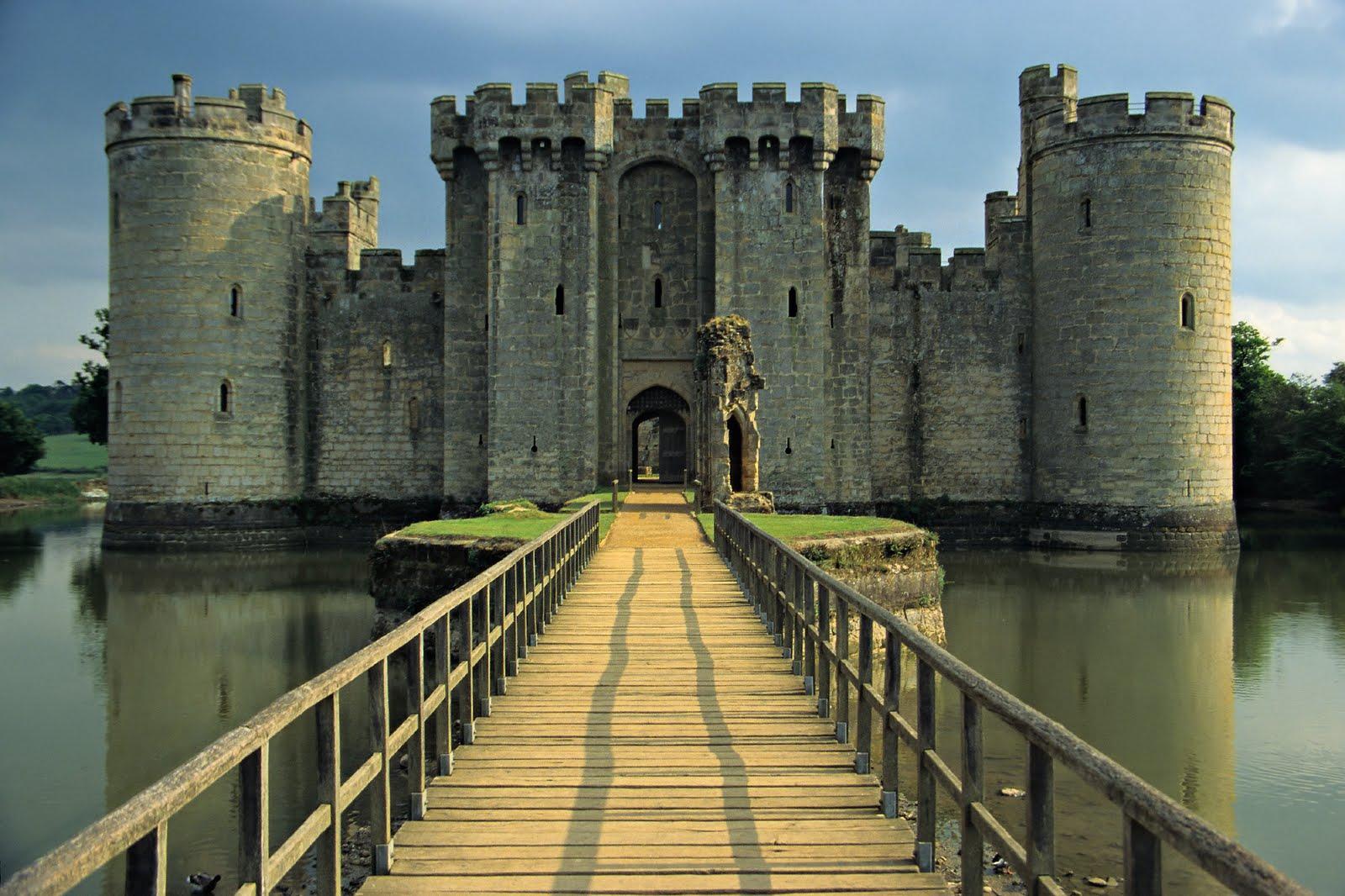 Resultado de imagem para Castelo de Bodiam