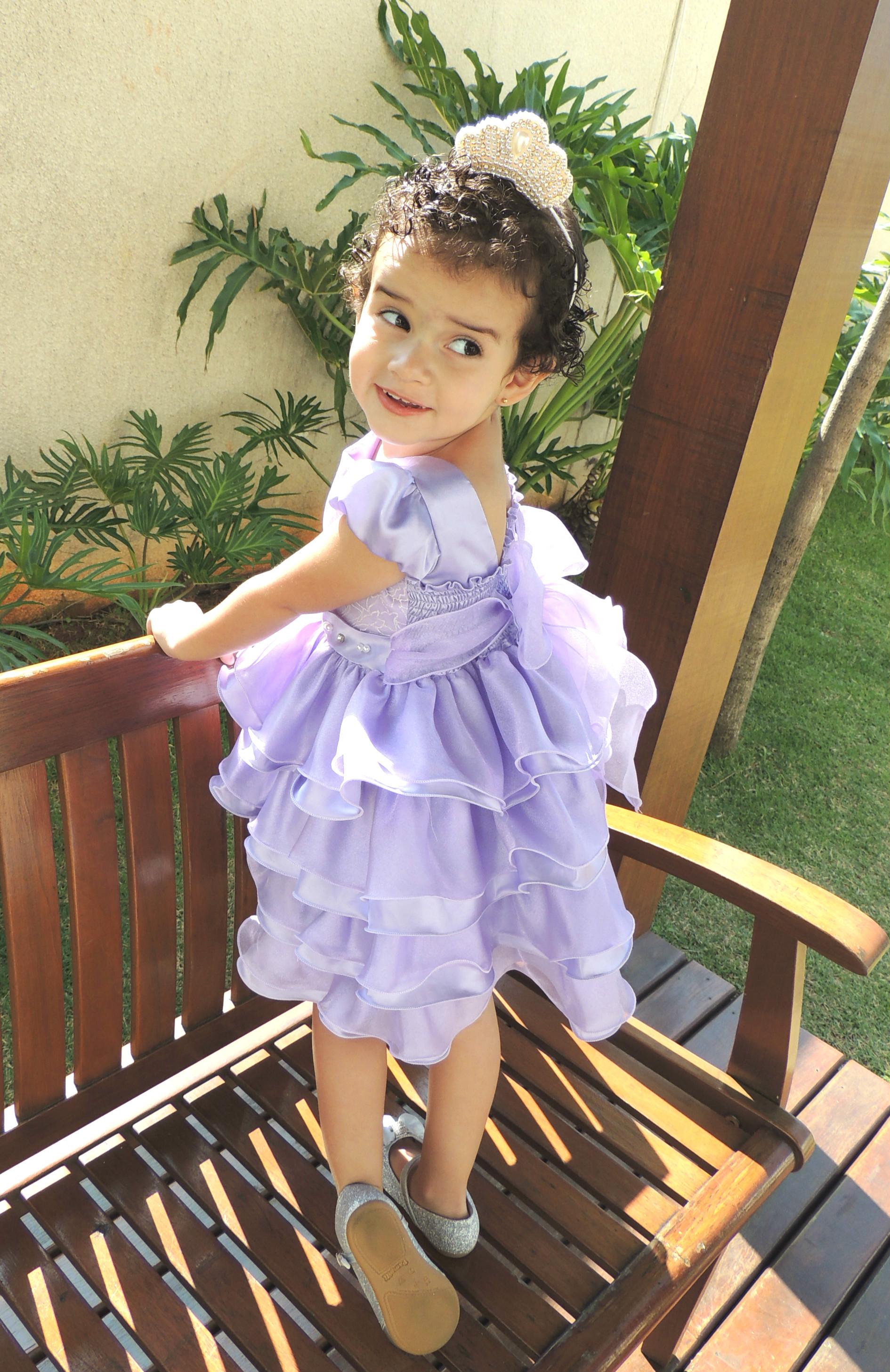 52b91ee32c Vestido Princesa Sofia Lilás com Brilho no Elo7