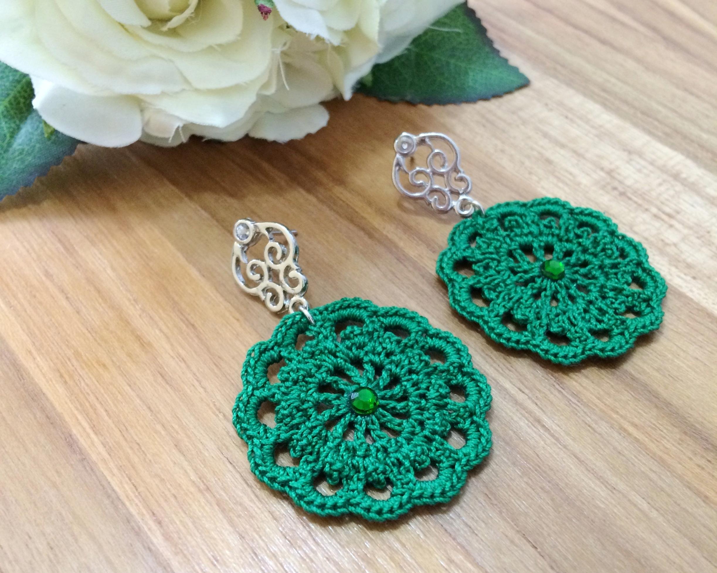 30 Crochet Earring Patterns - The Funky Stitch