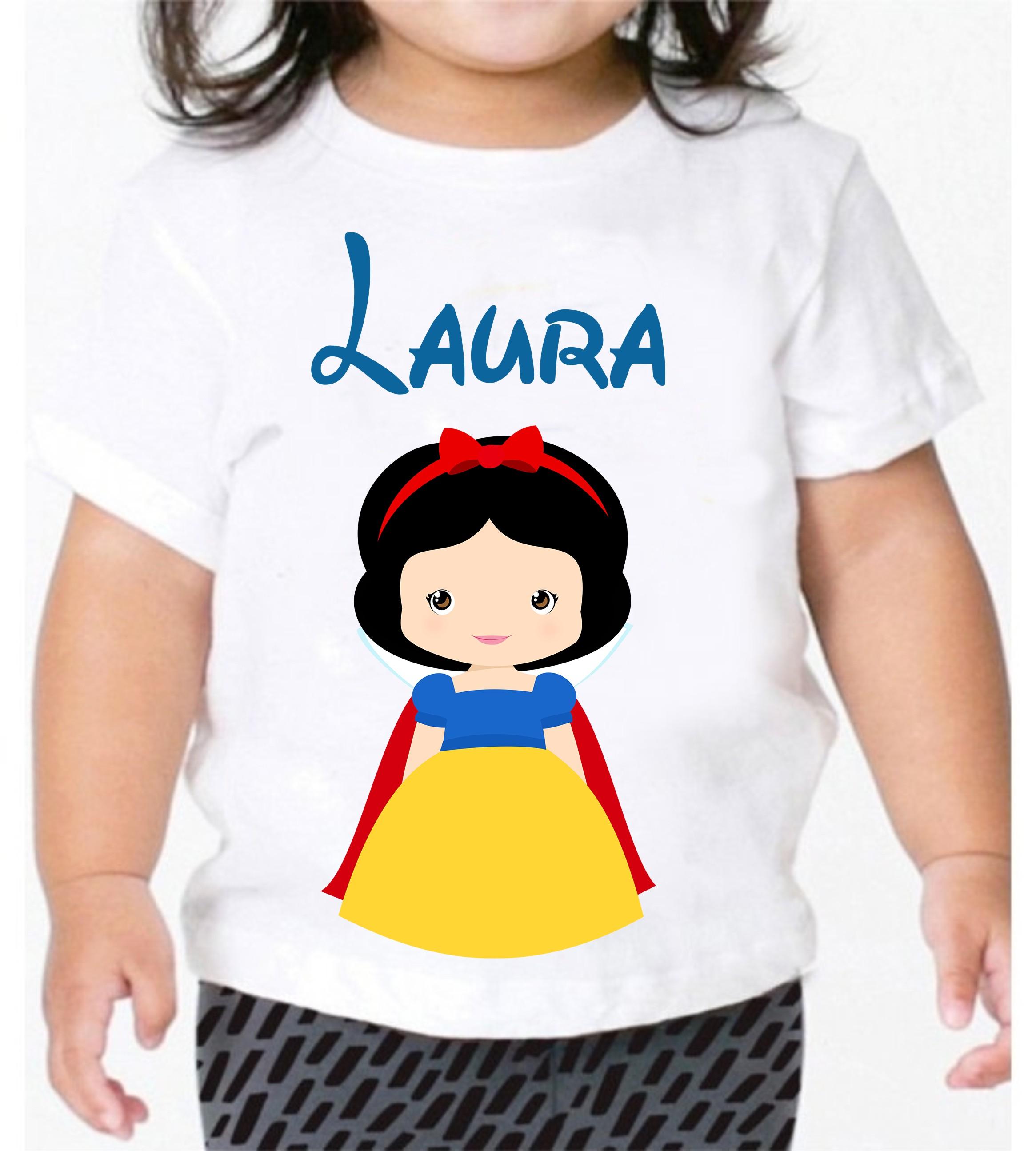 67a95de08 Camiseta Feminina Branca de Neve Tatuada