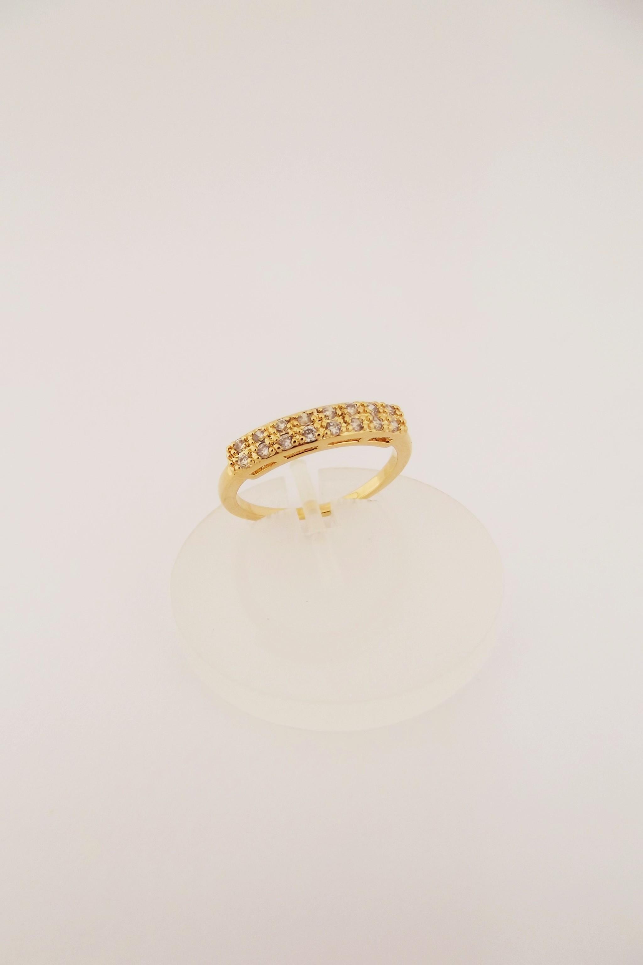 dcdd365ac1042 Meia Aliança de Ouro com Pedras Preciosas   Elo7