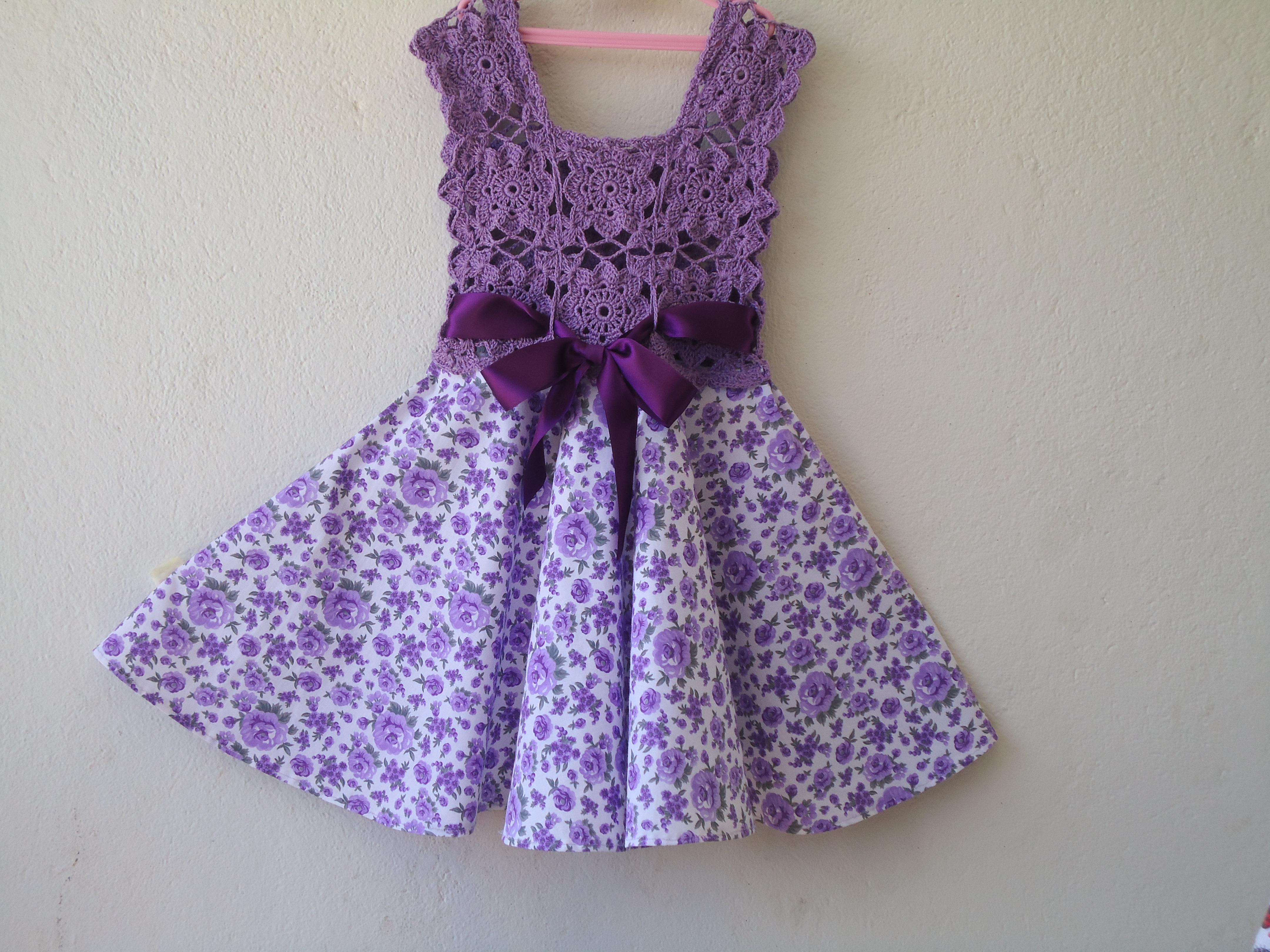 Populares vestido infantil de tecido com crochê no Elo7 | Diva tricô e  YO24