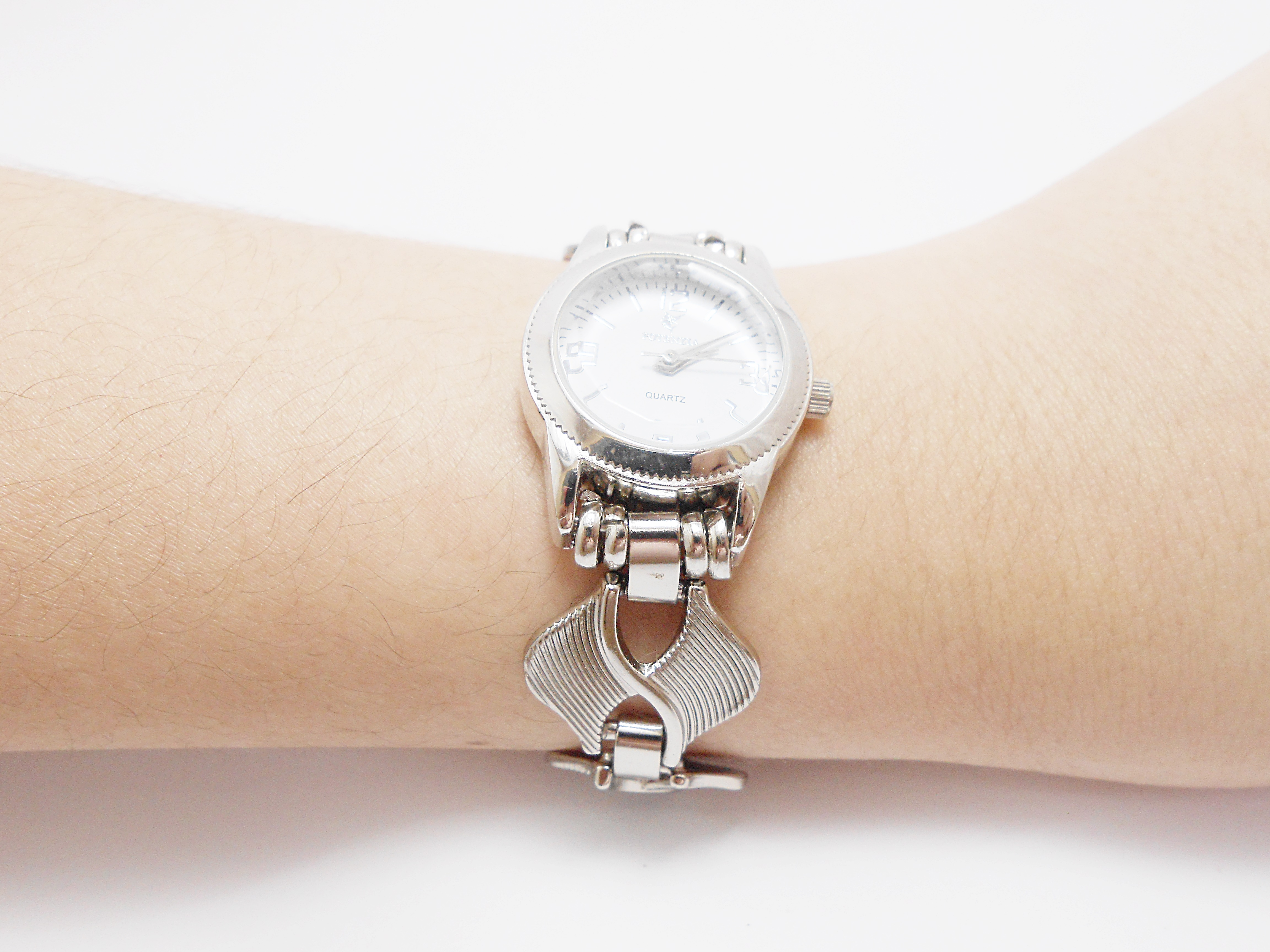 de25fcf4ce2 Relógio Feminino Bracelete Prata no Elo7