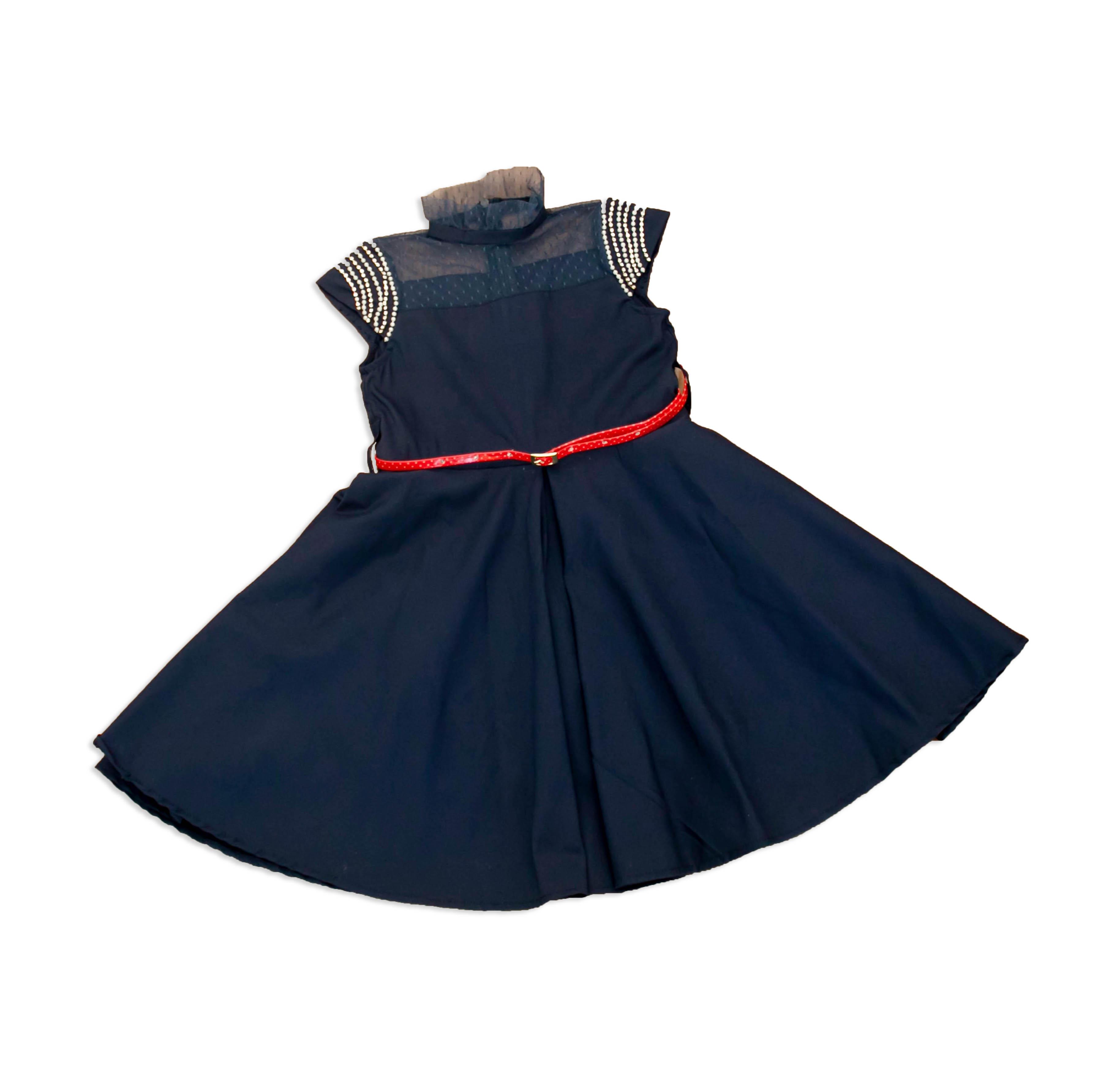 Vestido azul marinho de tafeta