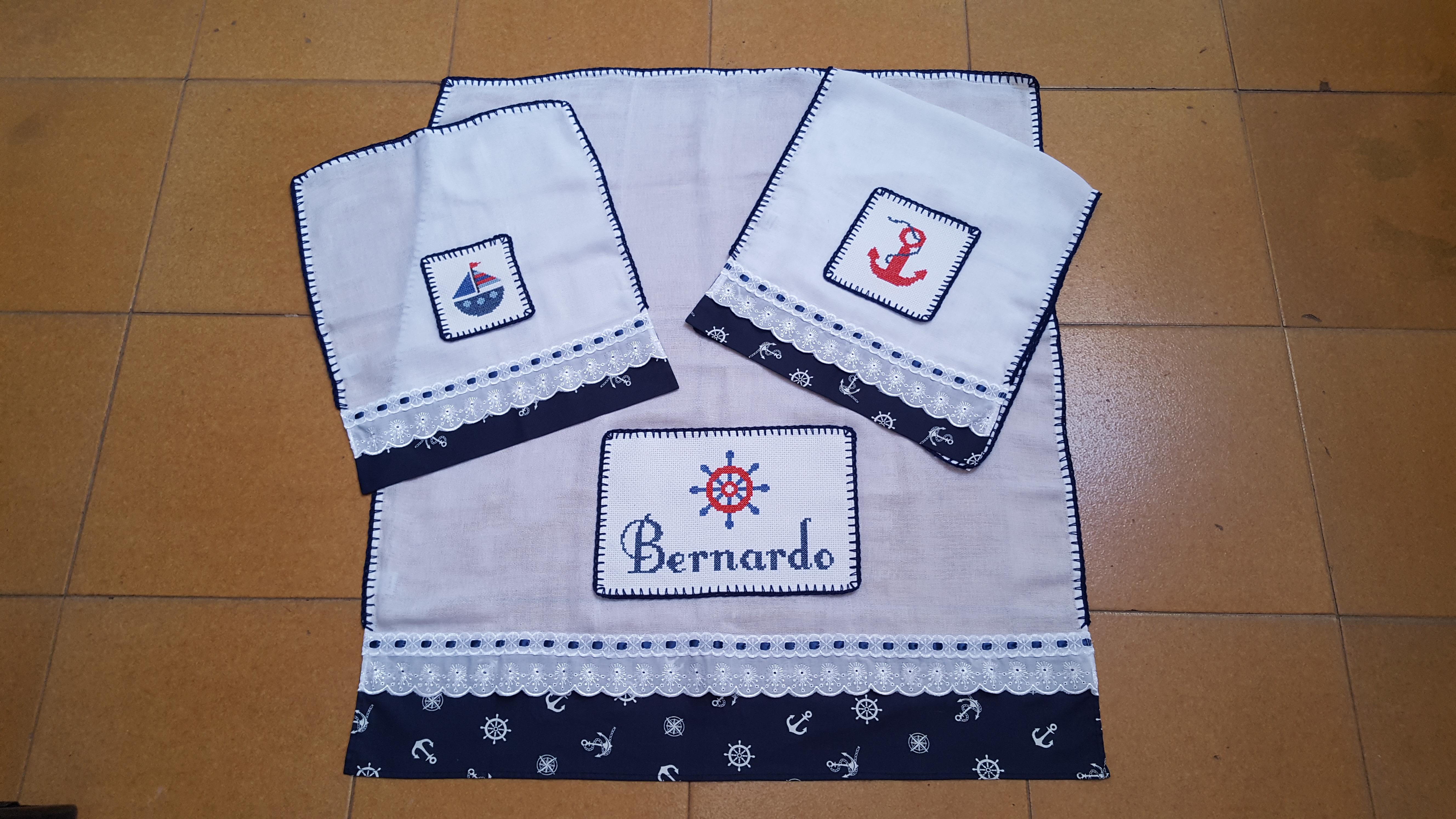 Preferência Kit de Fraldas bordadas em ponto cruz no Elo7 | Cris Mãos de Fada  JG94