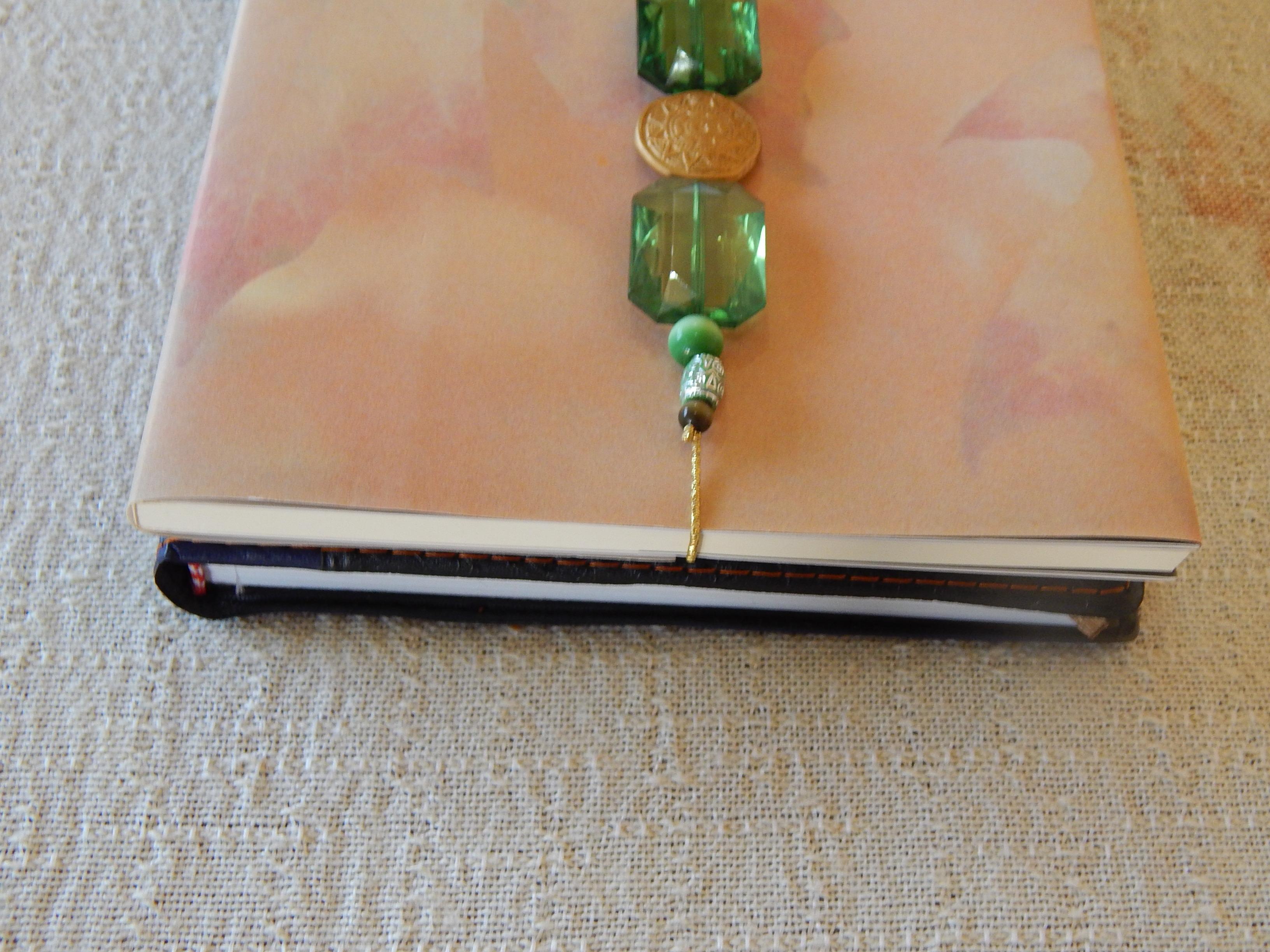 Marca p gina verde escuro e dourado belli bijus elo7 - Marcas de agendas ...