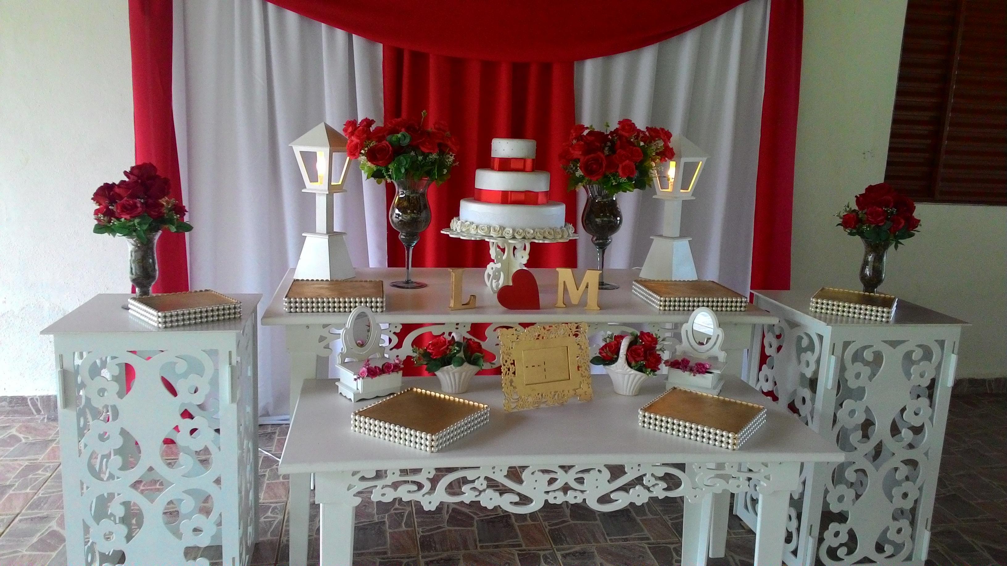 70 Imagens E Informações Por você! decoracao-vermelho-e-branco-com-perolas-noivado