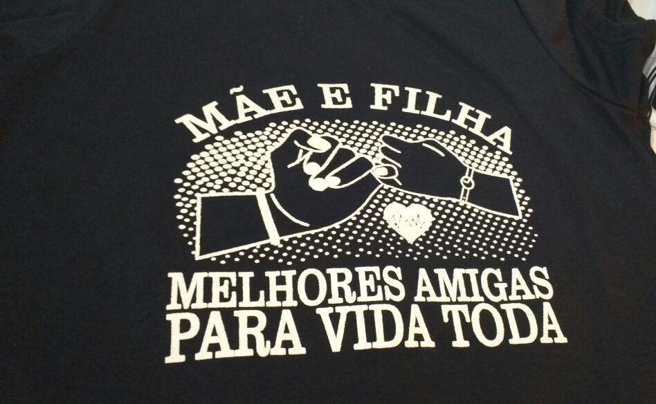 87519192b3 Camiseta Mãe e Filha - Melhores amigas no Elo7