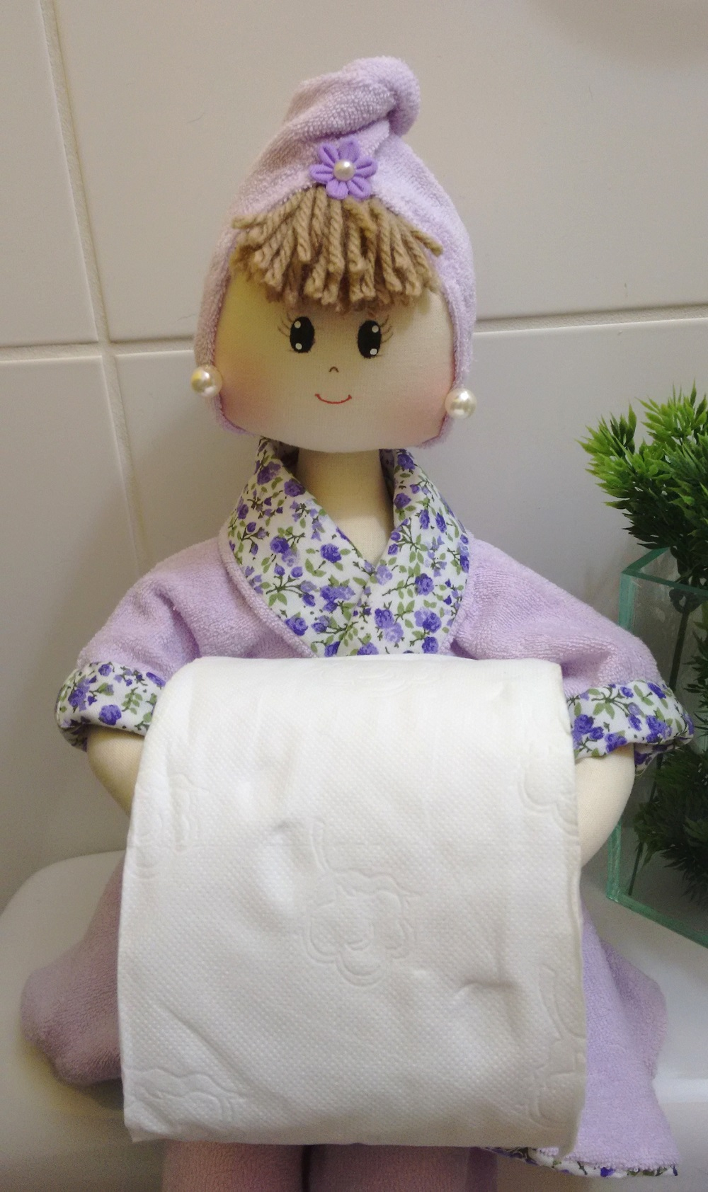 Boneca de pano porta papel higi nico imagine art for Colgadores para papel higienico