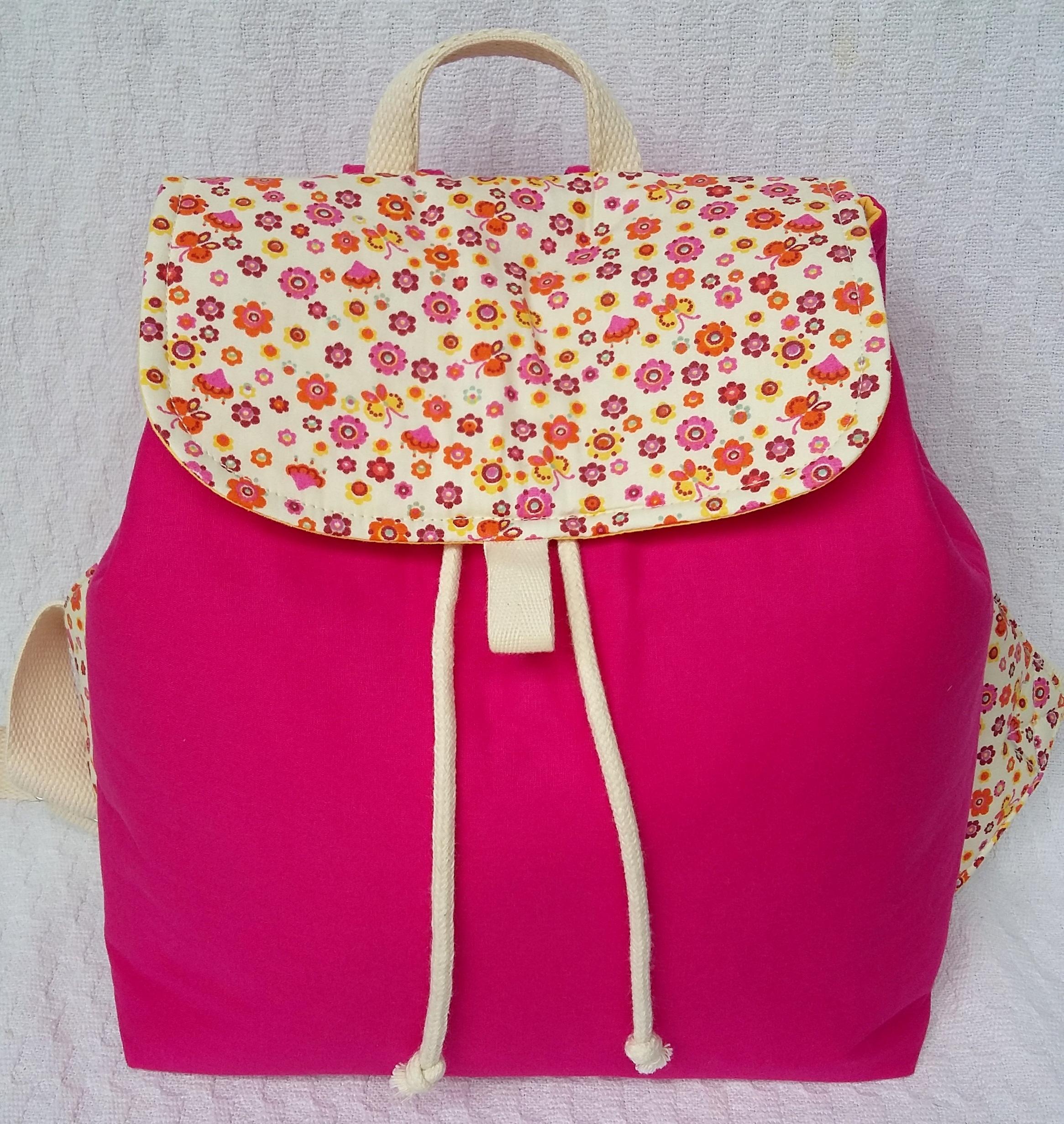 Design Of Mochila lindas florzinhas e preço