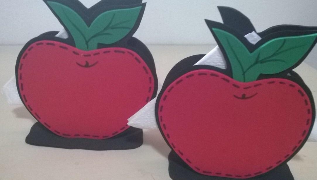 Resultado de imagem para maçã lembrancinhas eva