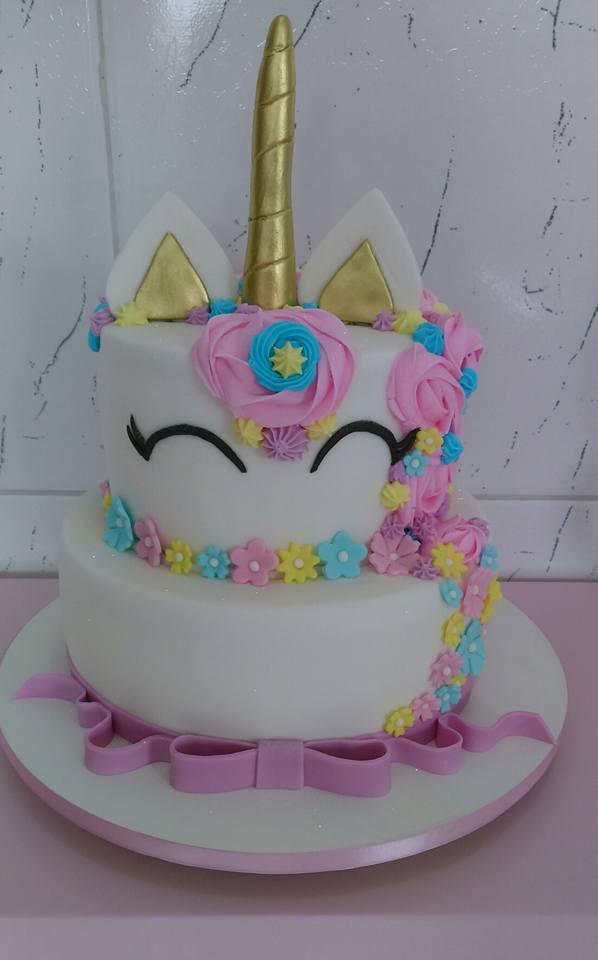 Resultado de imagem para bolo unicornio