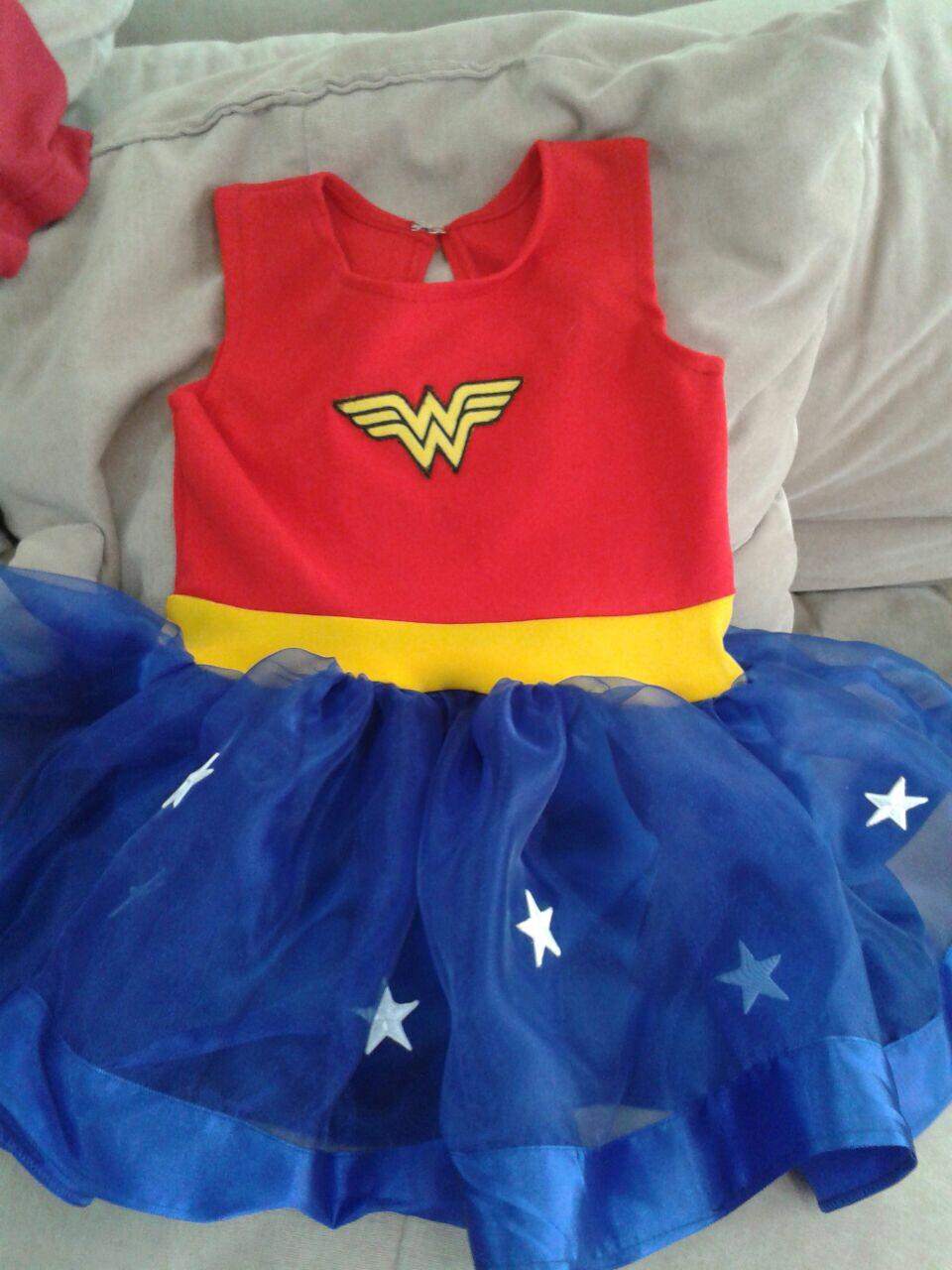976e81aee5 Vestido de Festa Infantil da Mulher Maravilha