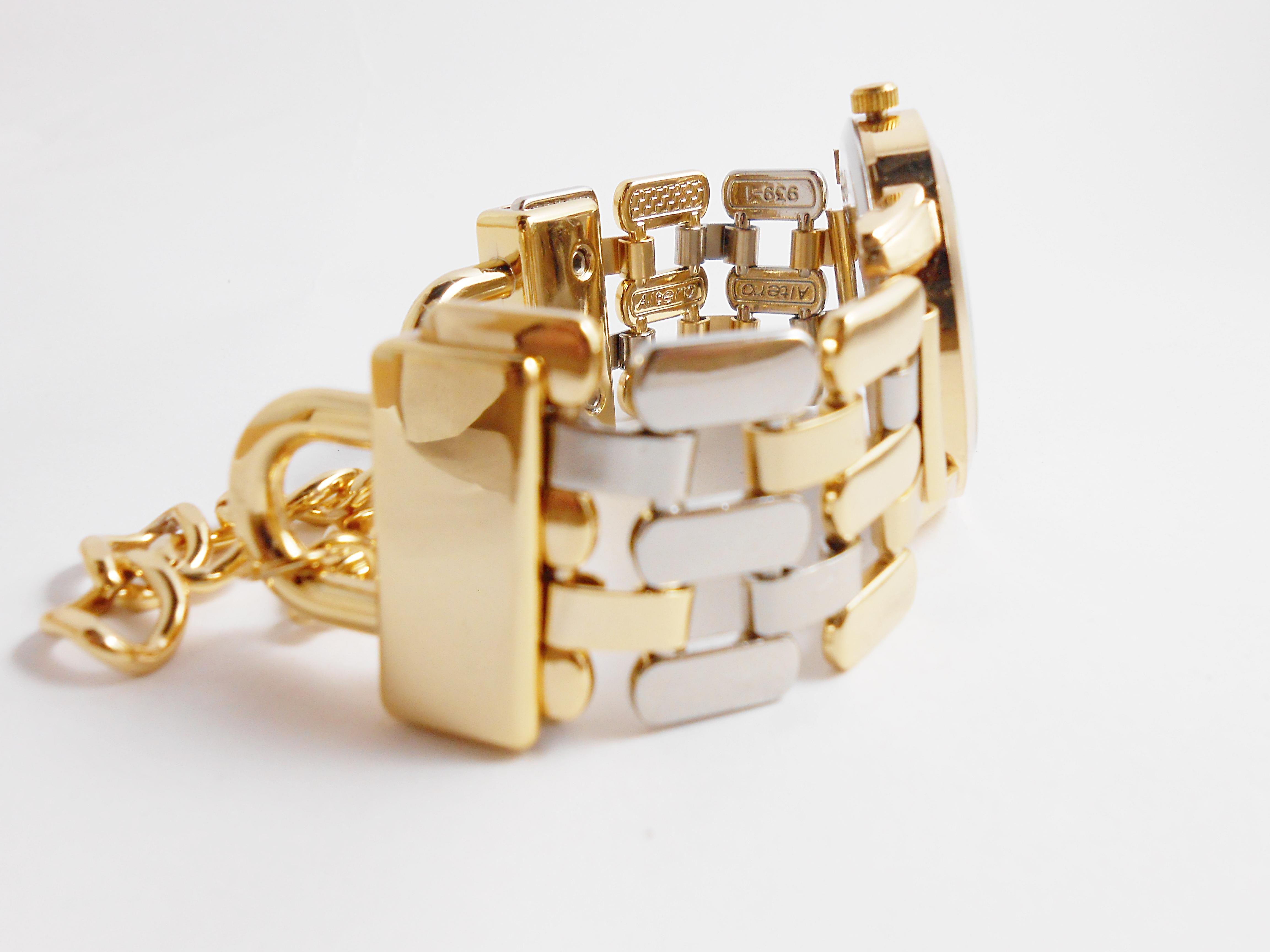 eb7bb14a32a Relógio Feminino Bracelete Pérolas no Elo7
