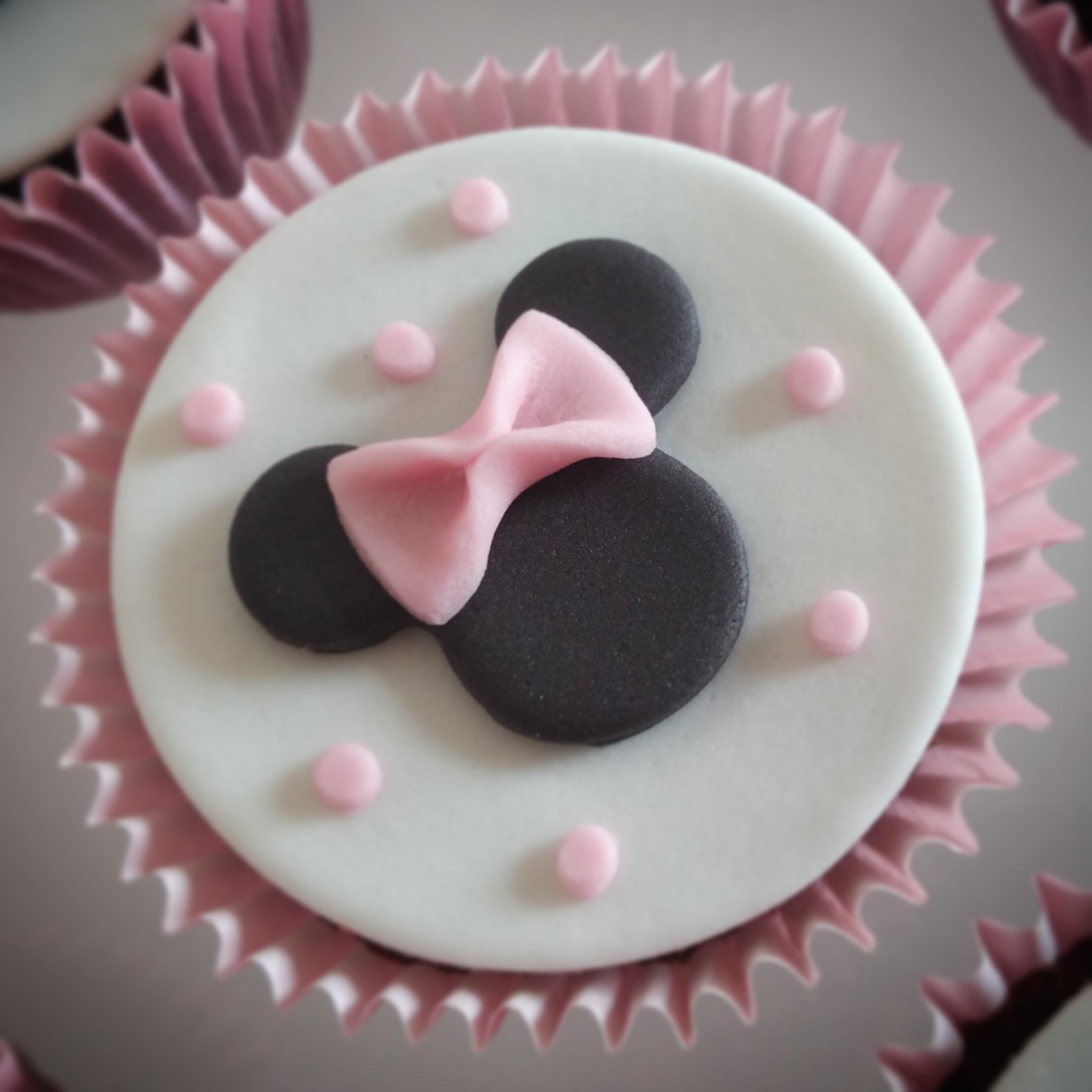 Cupcake Minnie Rosa – Idea di immagine del torta 9934d34d01f