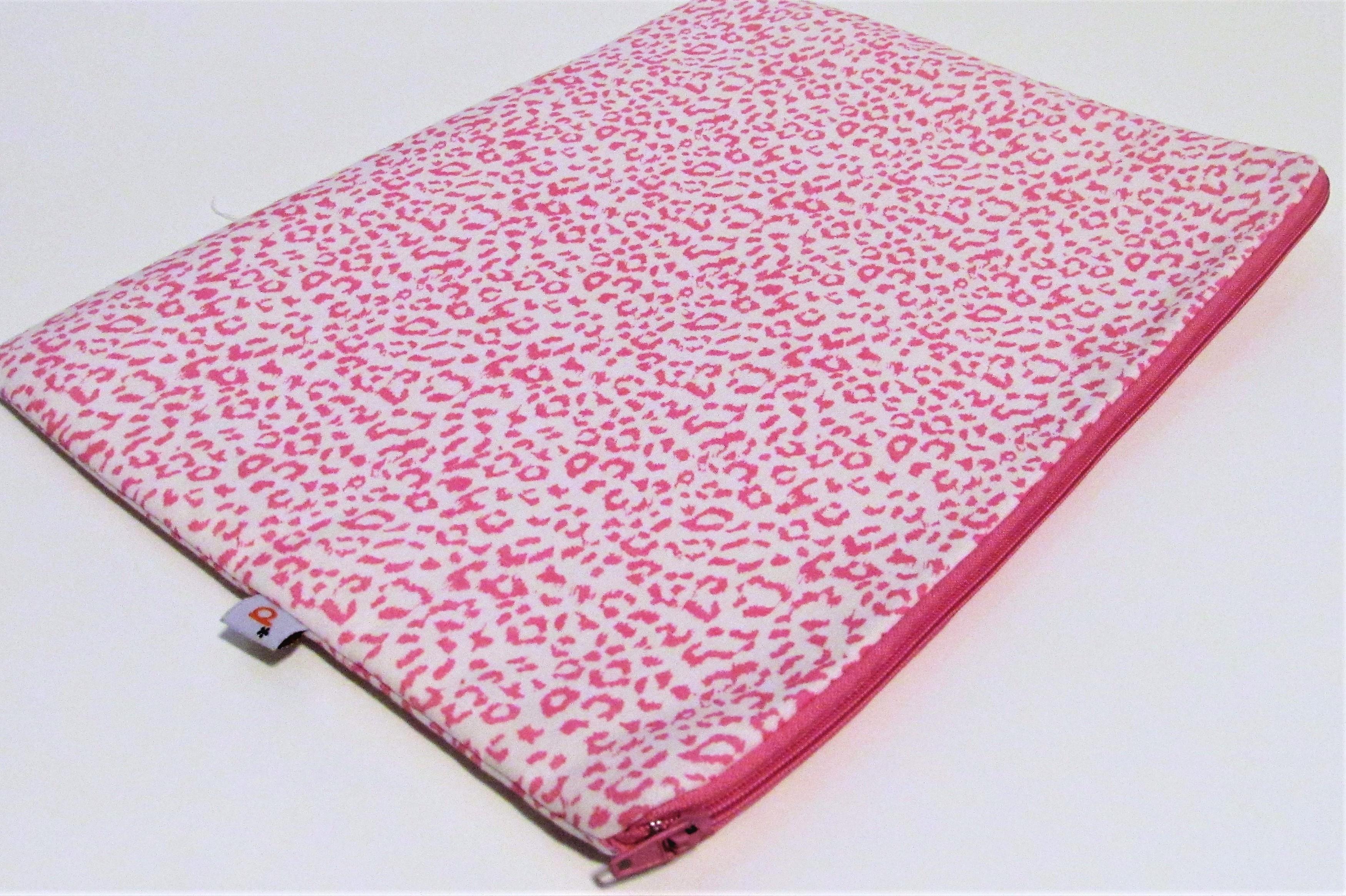 0357fff520ce8 Case para Notebook P Oncinha   Elo7