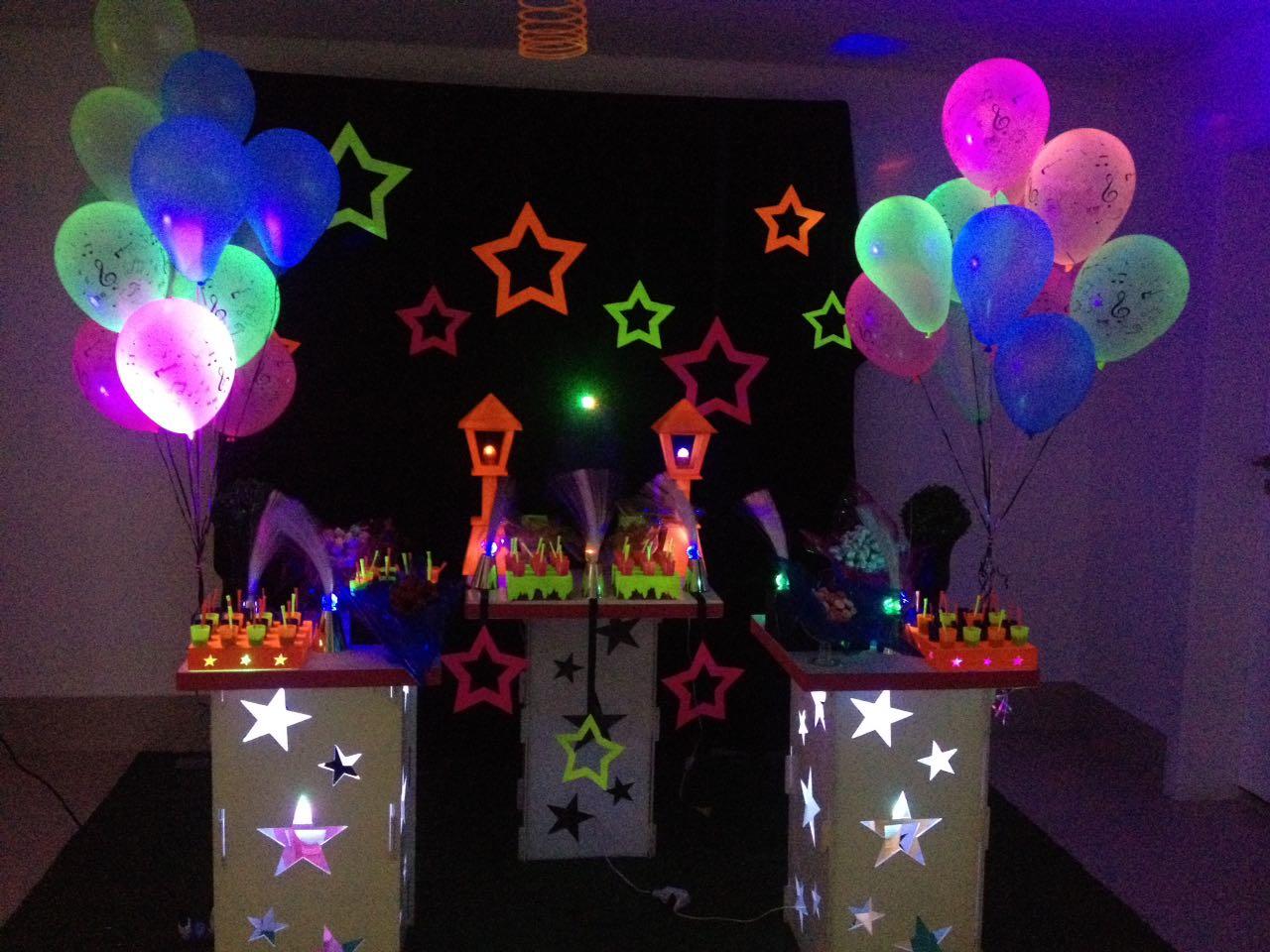 Amado Decoração Provençal Balada Teen Neon | Mamy Pappy Eventos Infantis  YH16