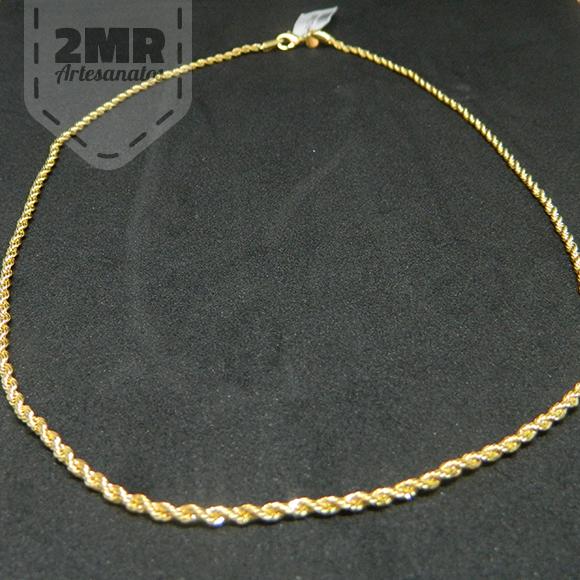 7f6fa74e02d Cordao com 70cm em Ouro