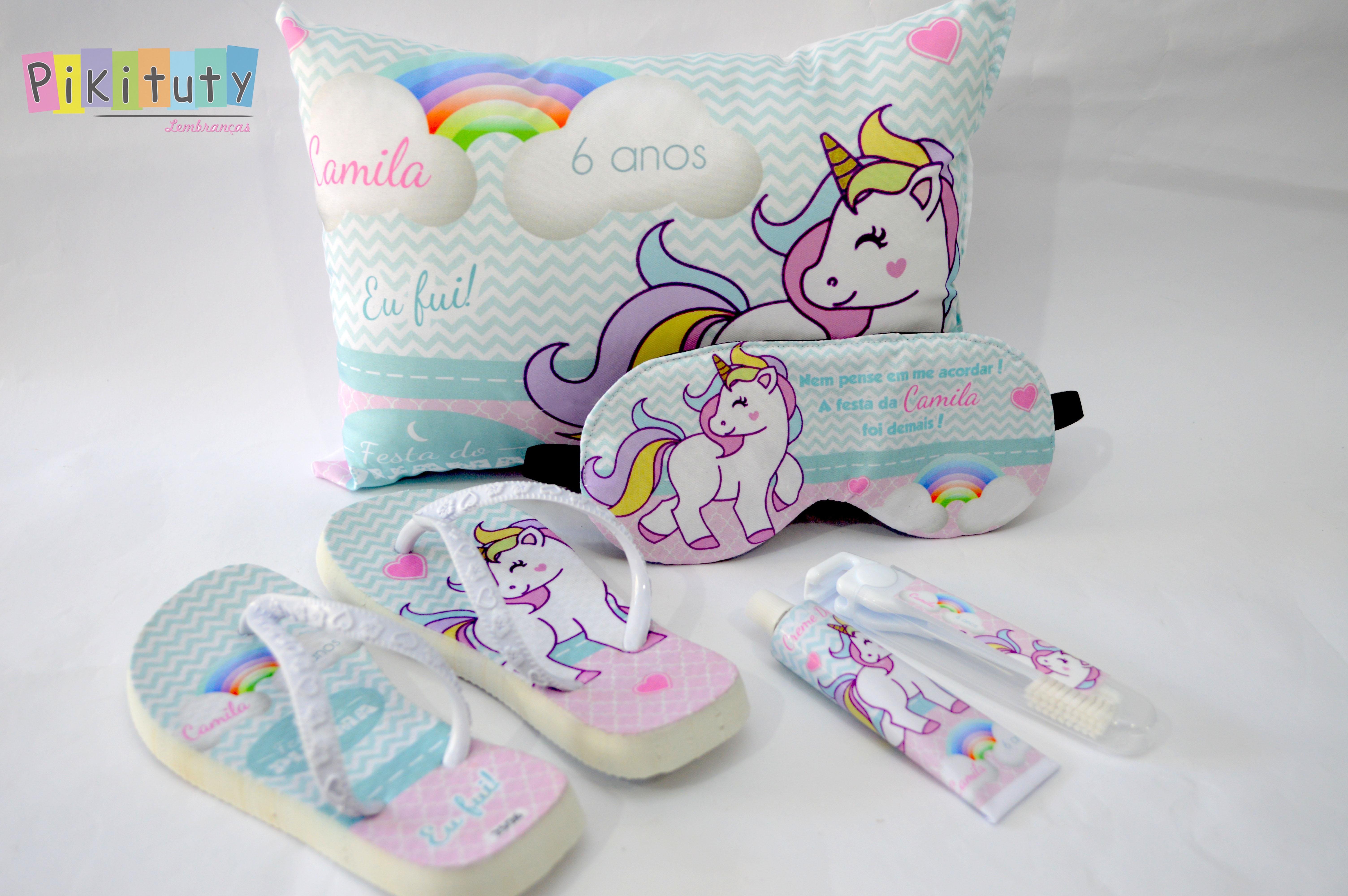 4671cb88f00ab8 Kit Festa do Pijama Necessaire Chinelo Unicornio | Elo7