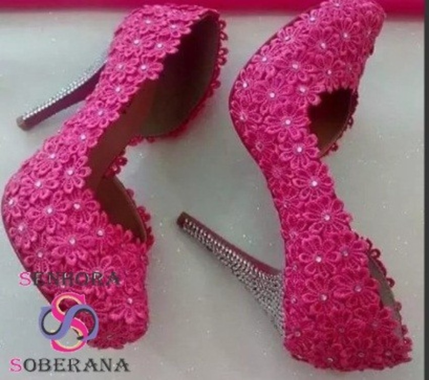 a6459ae714 Sapato para Noiva Scarpin Meia Pata