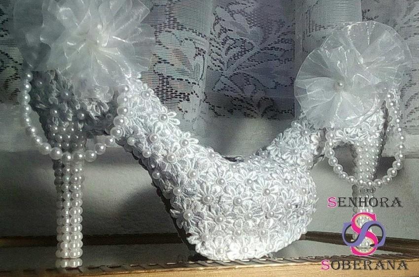 05eae3a41d Sapato Meia Pata florado   Aplicação   tornozeleira Branco no Elo7 ...
