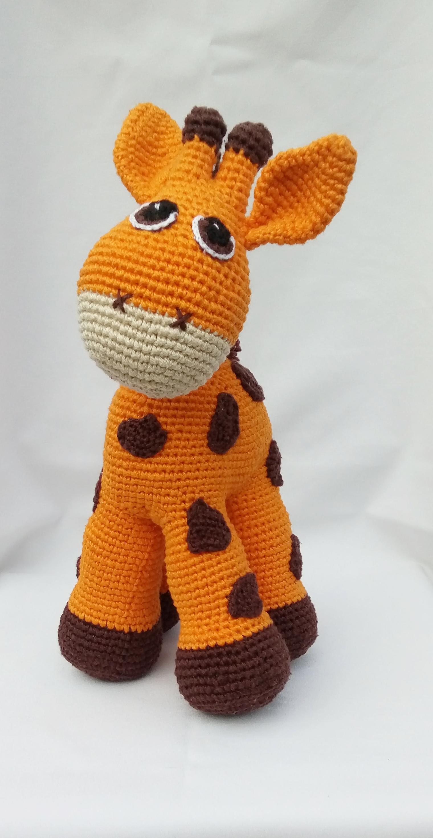 Girafa Nessa Amigurumi | 2938x1520