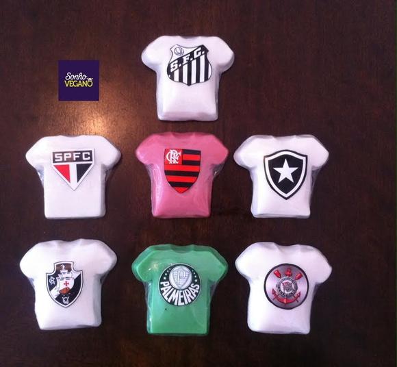 d6f6100a90 Lembrancinha Time Futebol Bola Camisa Menino Esporte