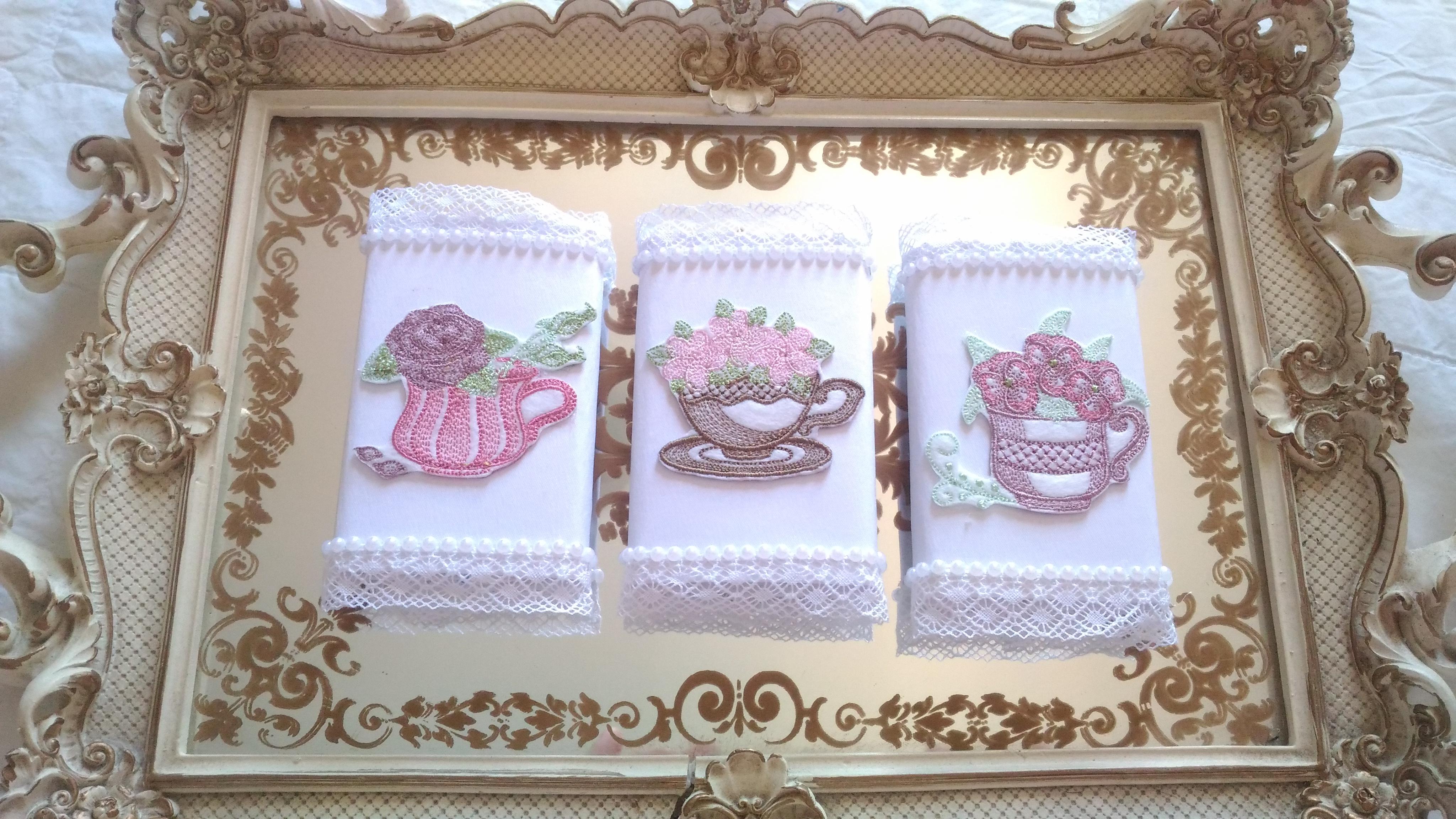 1f5443ccb1869 Chocolate personalizado bordado chá de bonecas no Elo7