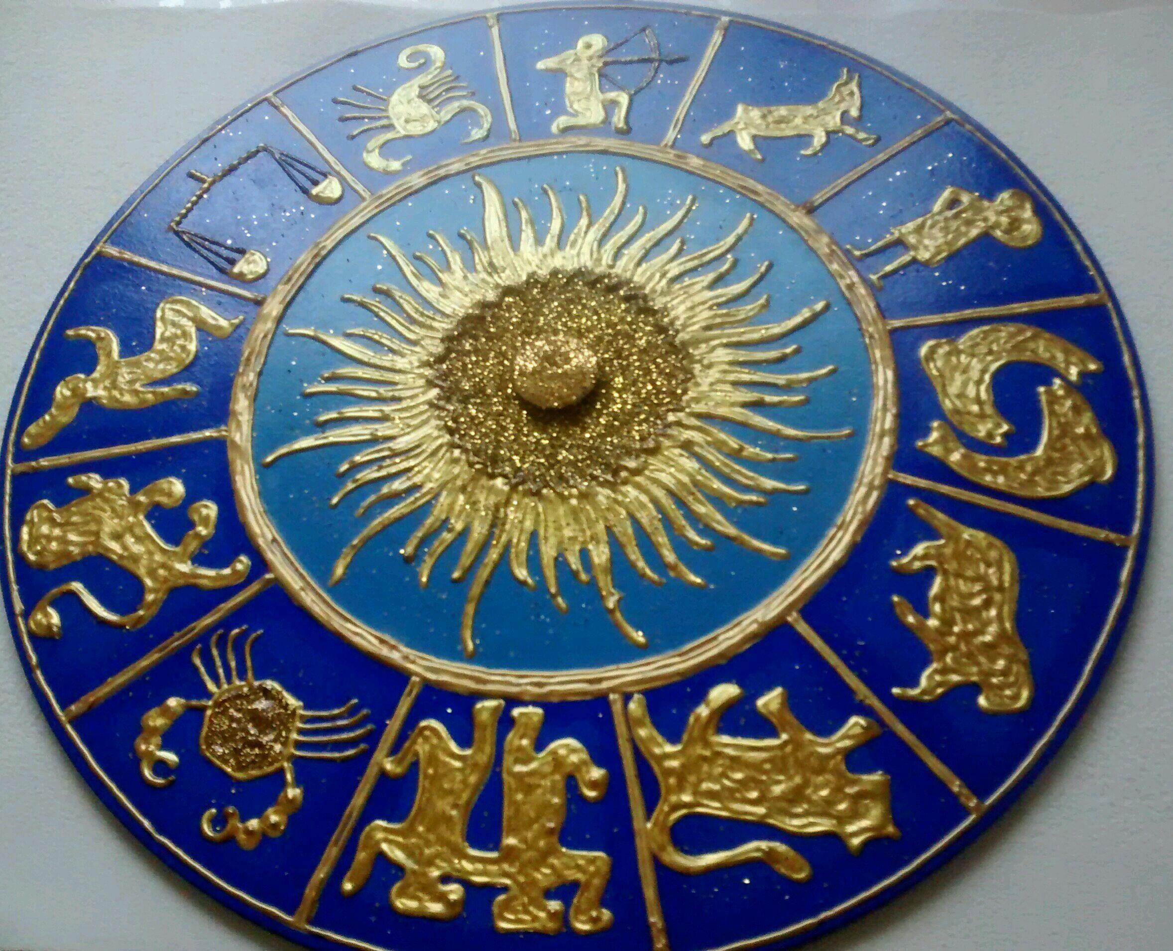 Resultado de imagem para astrólogos