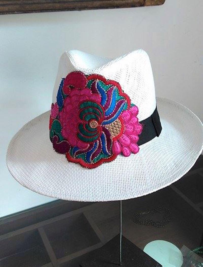 Chapéu de Palha com Patches Lantejoulas  9d552d7118f