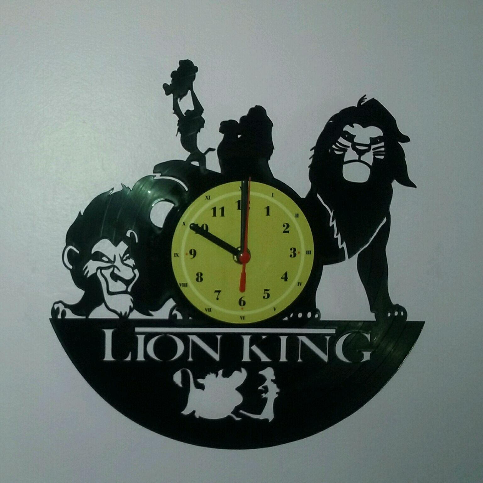 4810d8e22f6 Adesivo de Parede o Rei Leão Simba e Mufasa