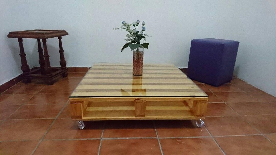 Mesa de centro em madeira de palete elo7 thecheapjerseys Image collections