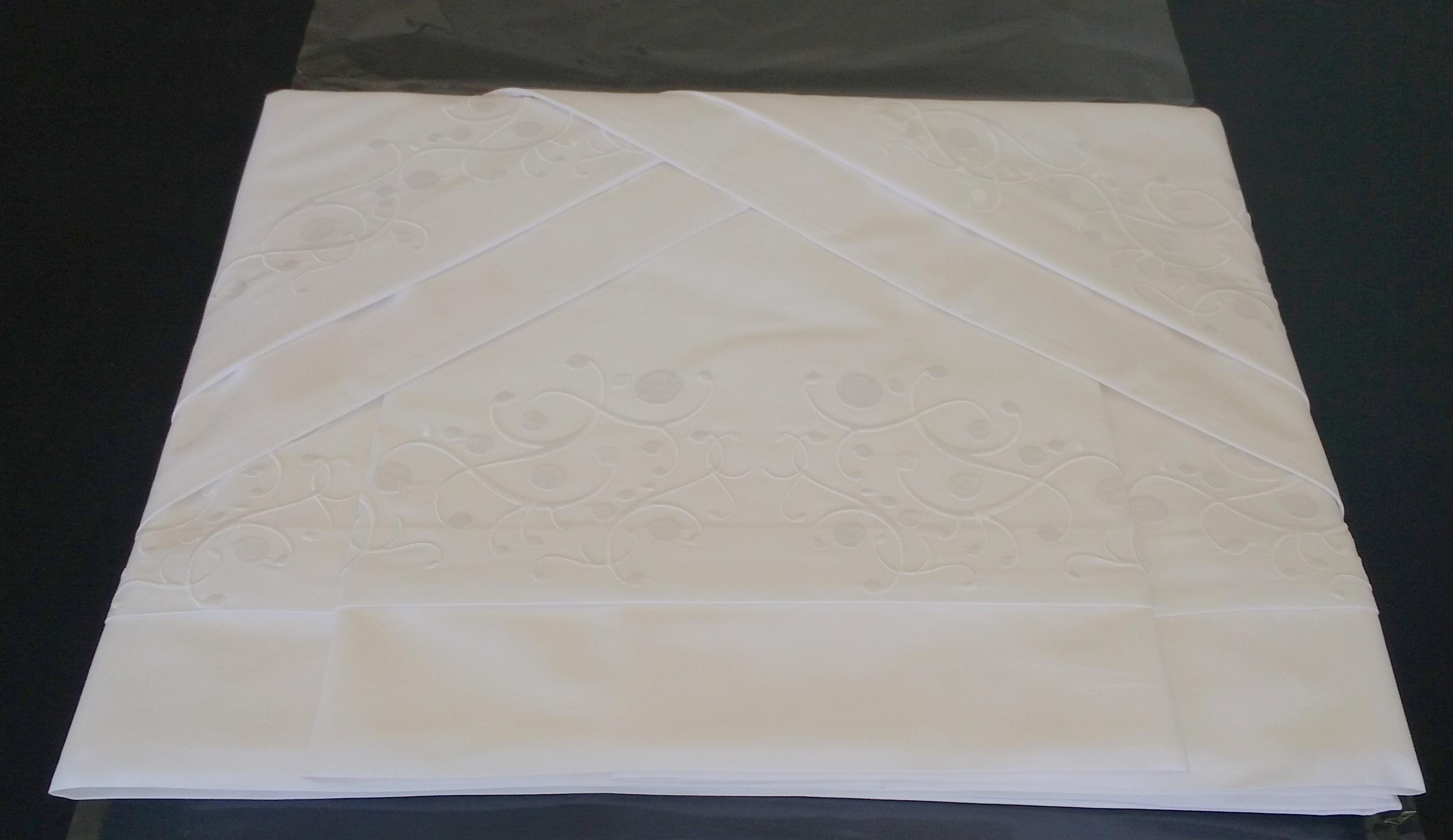 2334633b06 Suíte Queen 250 fios Arbóreo branco no Elo7